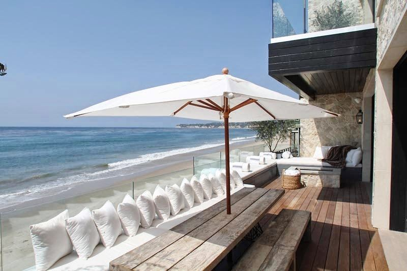 Cococozy The Stone House In Malibu A Beachfront Home That Is