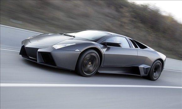 Lamborghini Reventon In Keeping With The Lamborghini Tradition Of