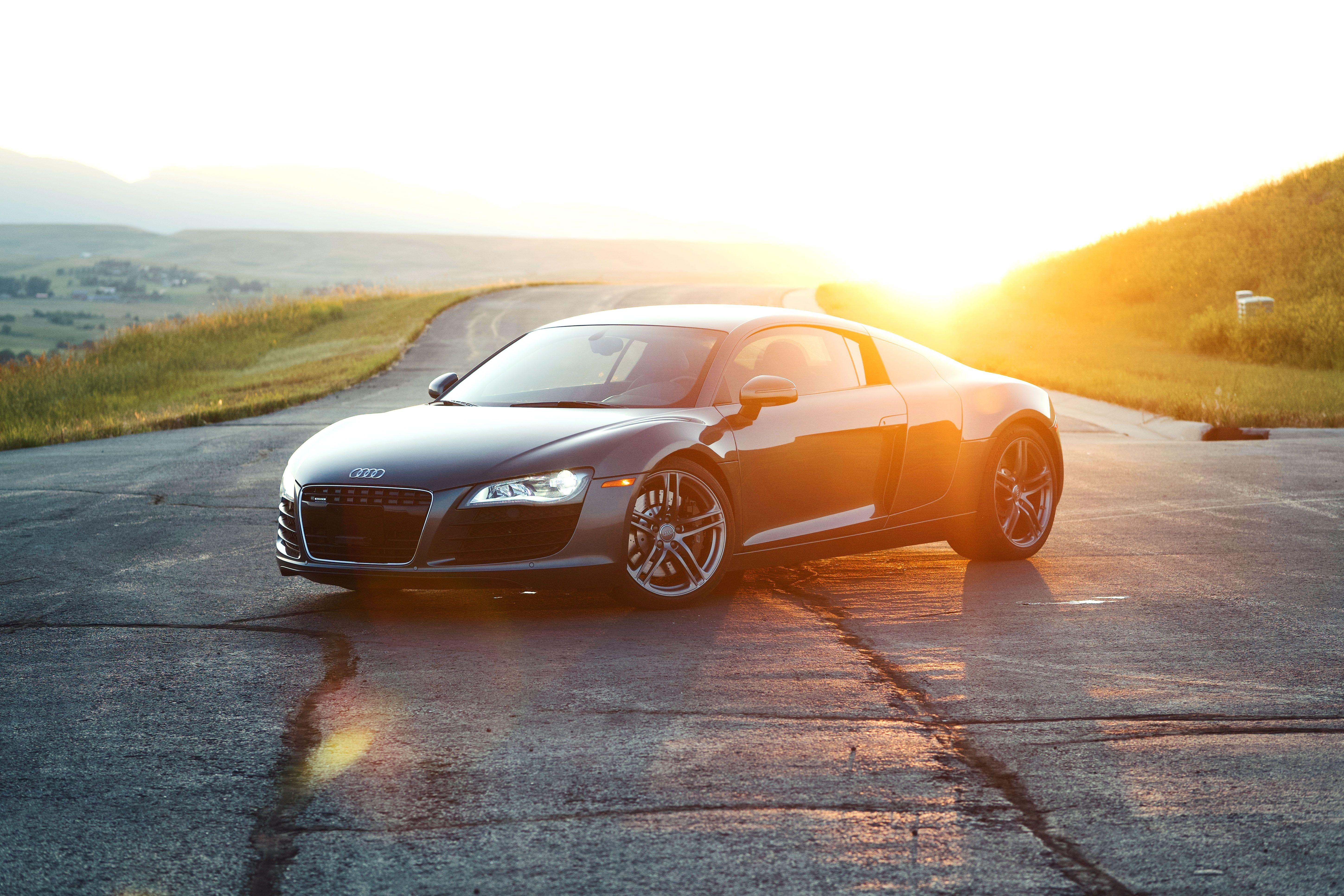 Audi R8 Seeing A Supercar Driving Down The Road In Wyoming Is A Rare Sight But When Gorgeous Car Rolls Through Wide Jaguar Car Sports Car Wallpaper Sports Car