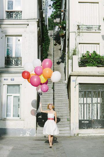 noni 2014 amelie, kurzes, schulterfreies brautkleid mit ballonrock und breitem gürtel aus wildseide (Foto: Le Hai Linh) (http://www.noni-mode.de)