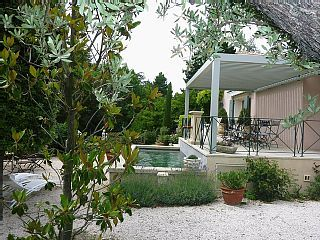 Charming and quiet house by the Sorgue River, 2 min walk away from the city centreVacation Rental in Isle-sur-la-Sorgue from @HomeAway! #vacation #rental #travel #homeaway