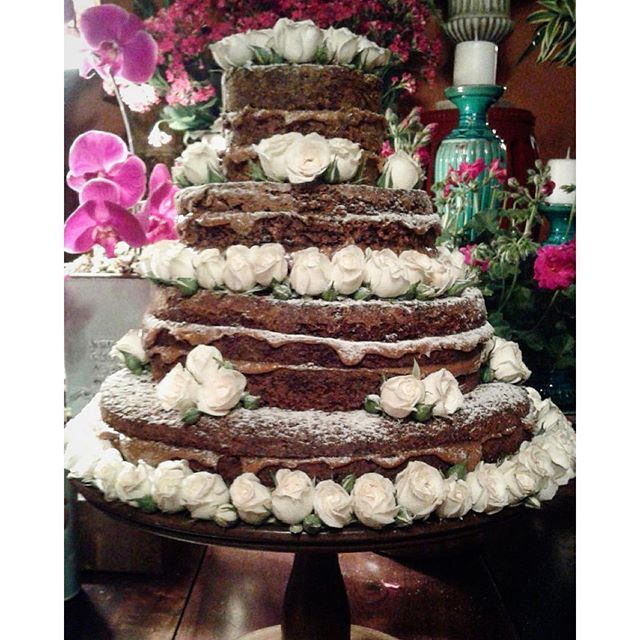 """ #nakedcake #nakedcakeljs #cake #gateau #aniversario #bolodeaniversario #bolopelado #brigadeiro #carrotcake #wedding #casamento #bolodecasamento #casamentonocampo #cheferosset #chef #patisserie #confeitaria #sp #lejardinsecret #ljs #noivas #noivado"" Photo taken by @lejardinsecret on Instagram, pinned via the InstaPin iOS App! http://www.instapinapp.com (09/26/2015)"