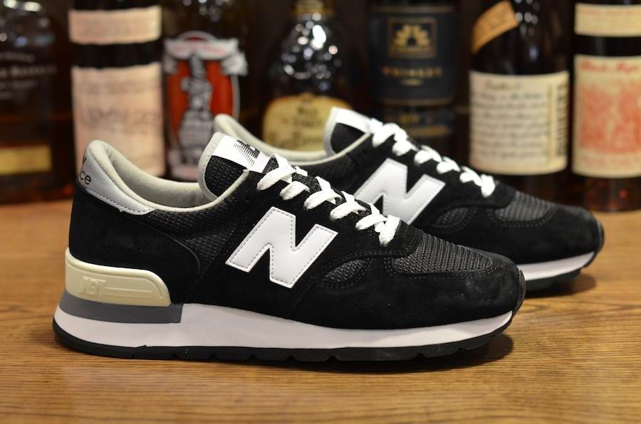 White Silver Mens NB-990 Sneakers