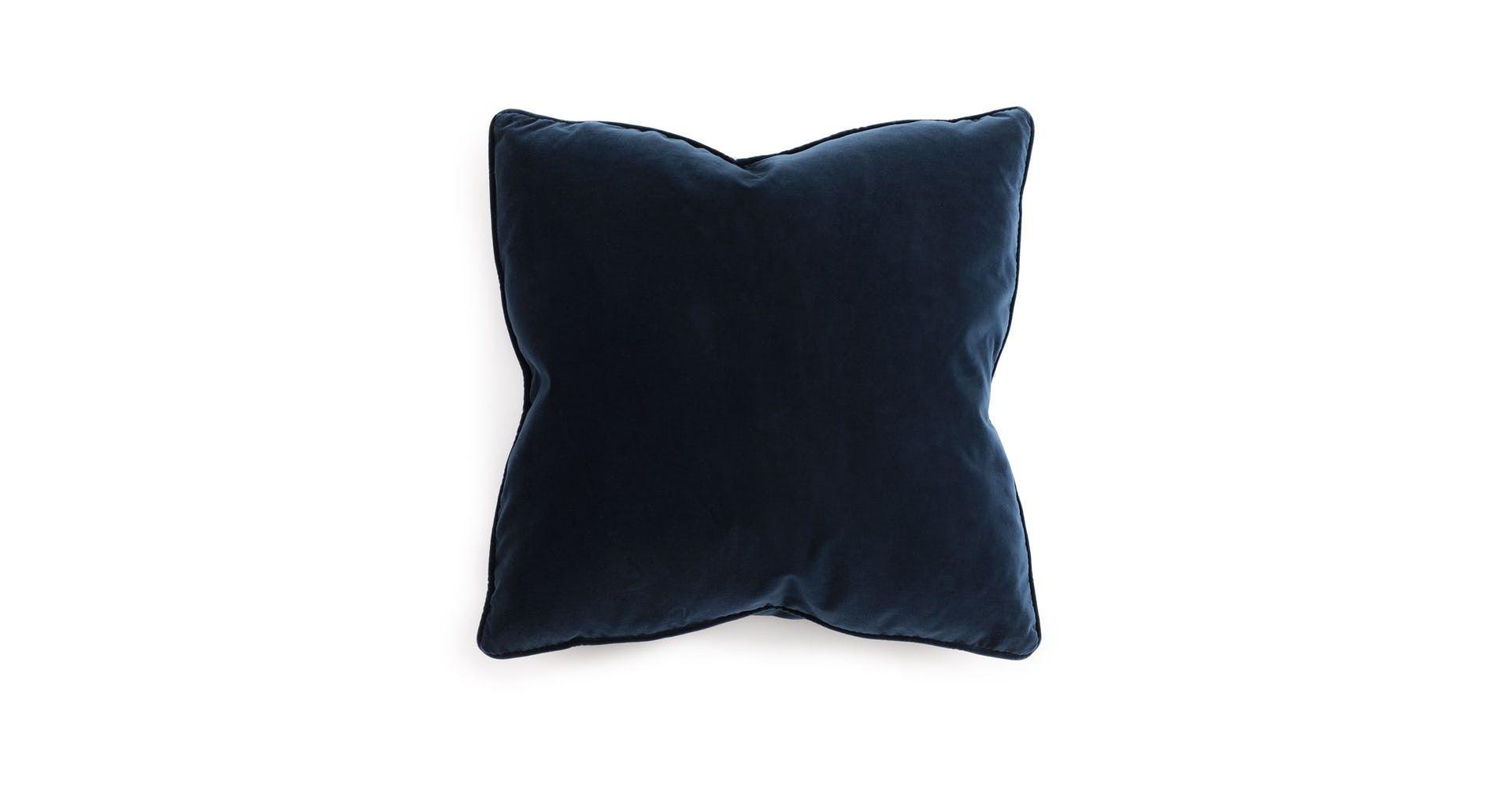 Lucca Cascadia Blue Pillow Set Contemporary Throw