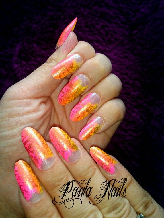 Long oval ombre with gold lace | Press on nails Oval Hand Painted ...