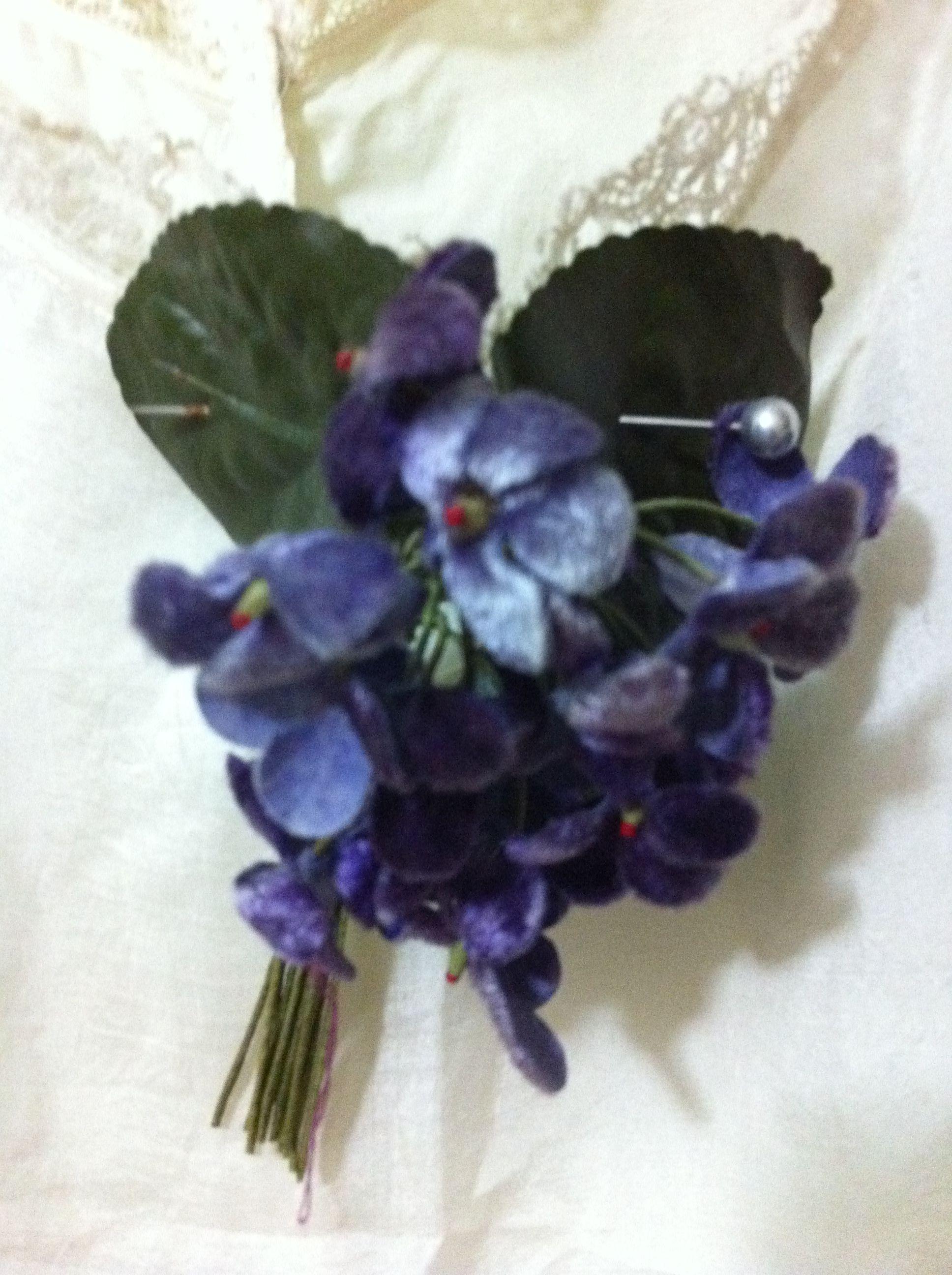 Vintage Velvet Flower Corsage Vintage Style Flowers Pinterest