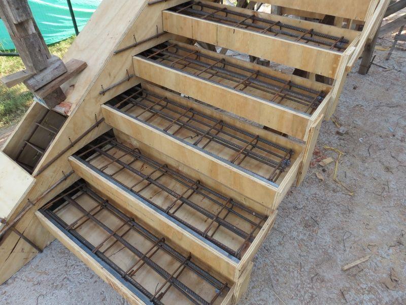 Escaleras flotantes construcciones de hormig n armado for Construccion de una escalera de hormigon