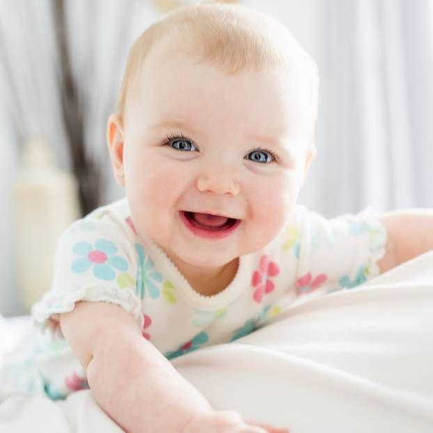 Kluges Kind 10 Babynamen Die Fur Weisheit Stehen Baby Madchennamen Babynamen Name Madchen
