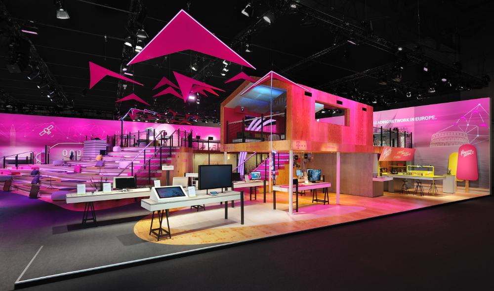 Deutsche Telekom Mwc 2016 On Behance Exhibition Design Deutsche Telekom Tradeshow Booth