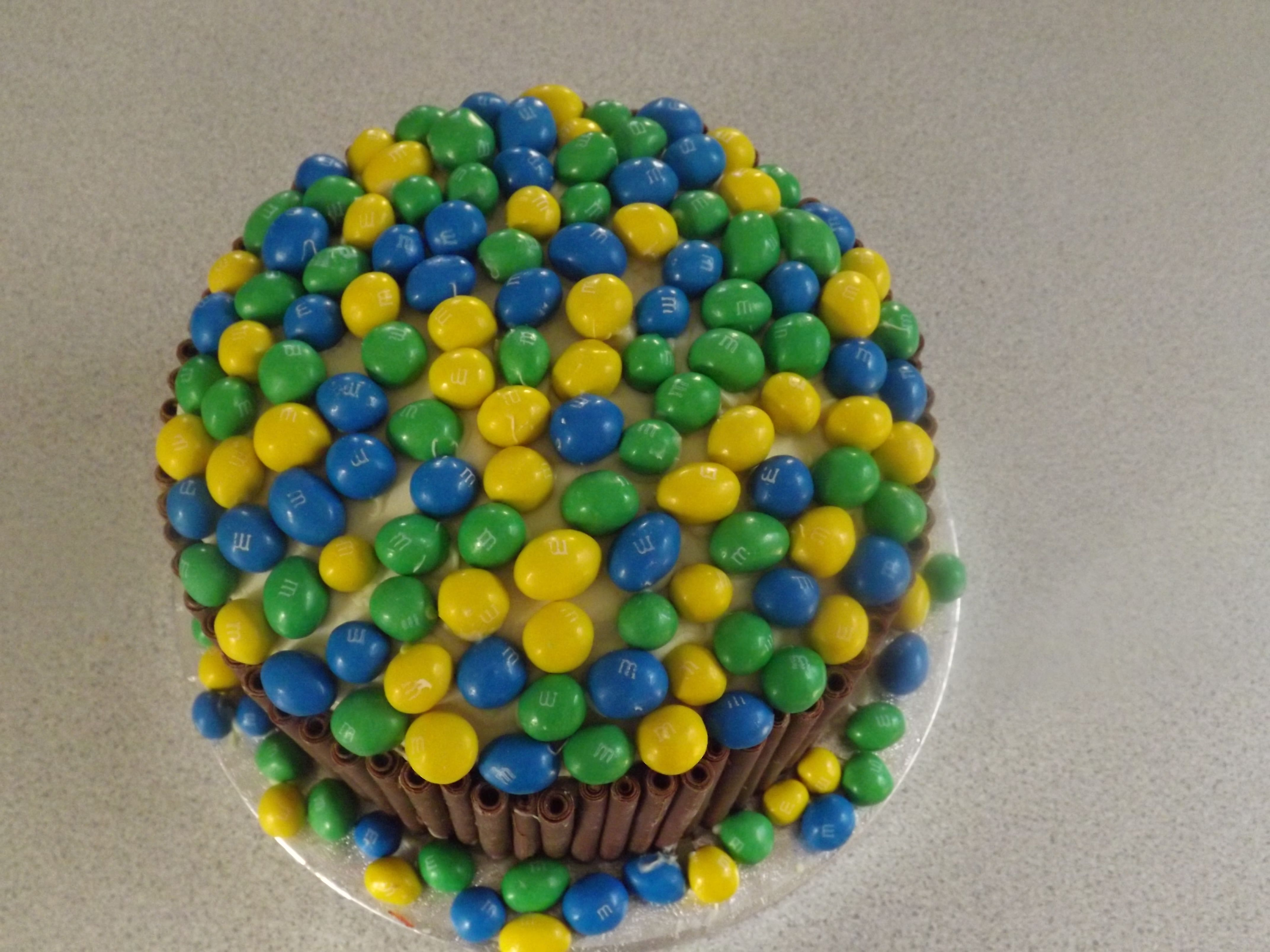 A leaving cake i made last month the lady likes mms so