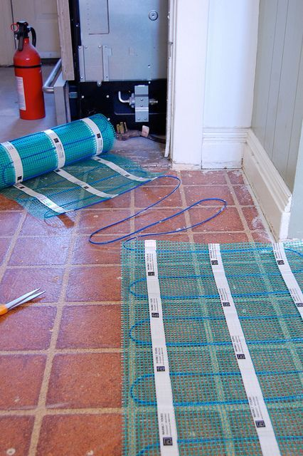 How to install radiant floor heating how to install radiant floor heating the art of doing stuff solutioingenieria Gallery