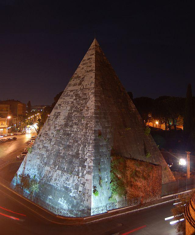 Piramide Cestia veduta notturna dalla torre di Porta San Paolo - Pyramid of Cestius -  Rome Italy