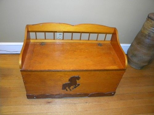 Vintage Toy Box Vintage Wooden Toy Chest And Bench With Country Folk Art Wooden Toy Chest Toy Boxes Wooden Toys