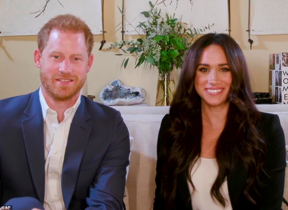 Meghan Markle And Prince Harry Sign Exclusive Podcast Deal In 2020 Harry And Meghan News Meghan Markle Prince Harry Harry And Meghan
