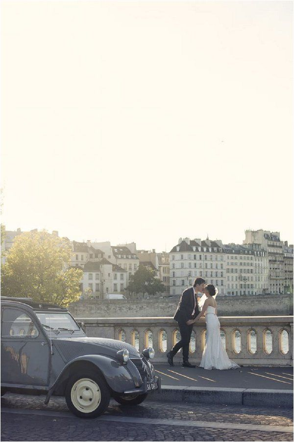 Featured On French Wedding Style Blog | Timeless Romantic Elopement in City of Love |  Planned by WeddingLight Events and Images by Olivier Lalin of WeddingLight Photography