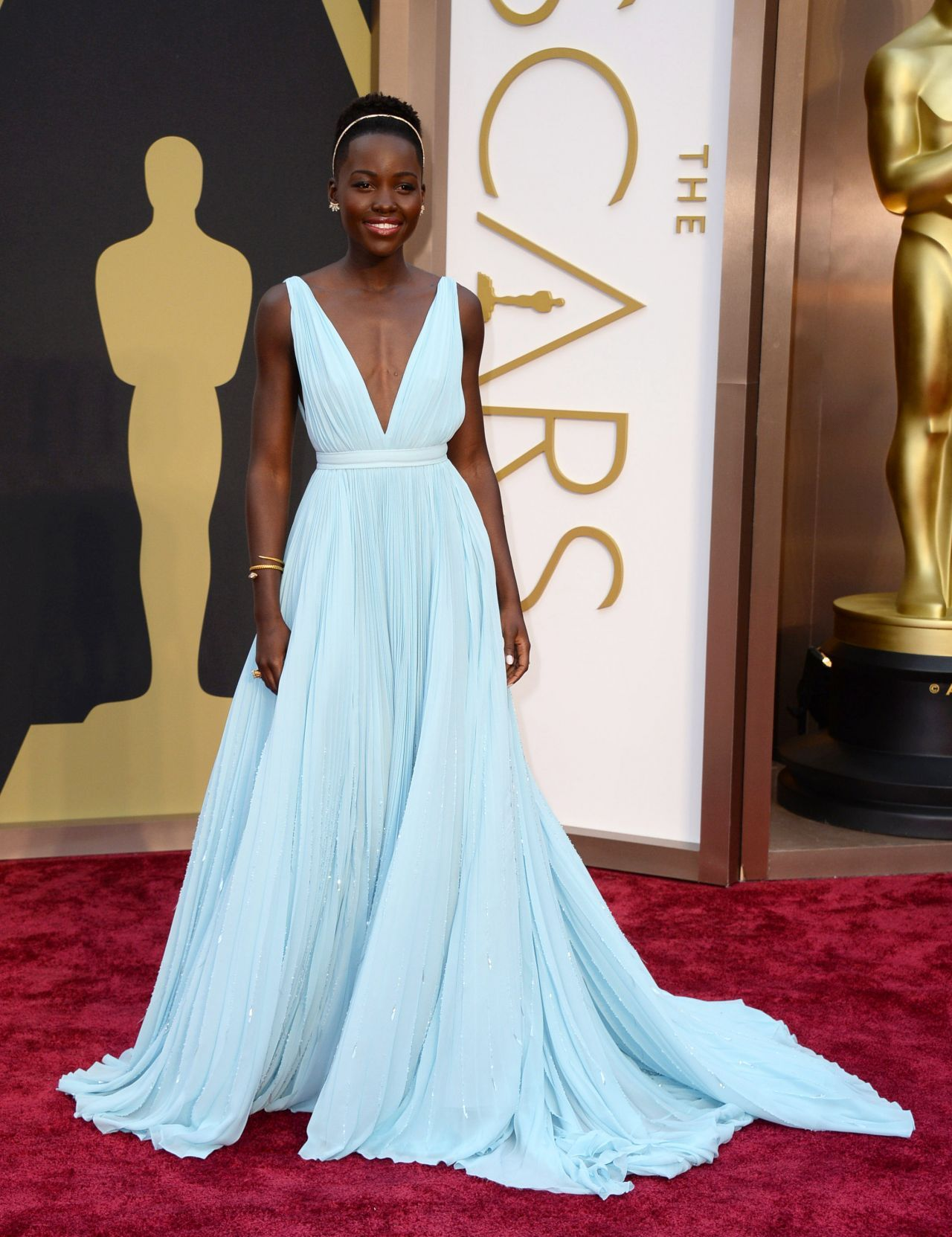 brand new ee7d9 f9556 Top 10 Oscar's 2014 Red Carpet Outfits | red carpet faves ...