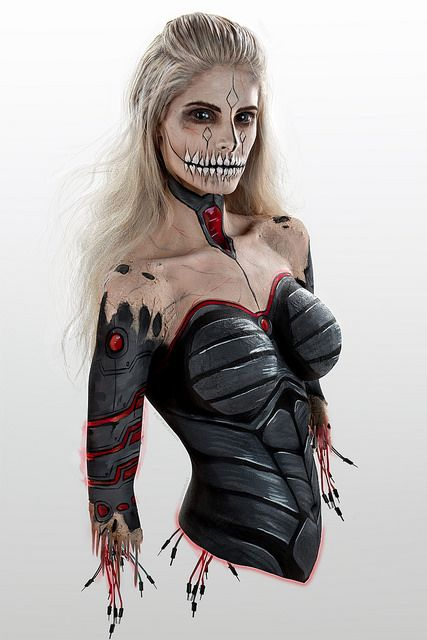 bodypaint - Beautiful biomechanical undead | Body painting
