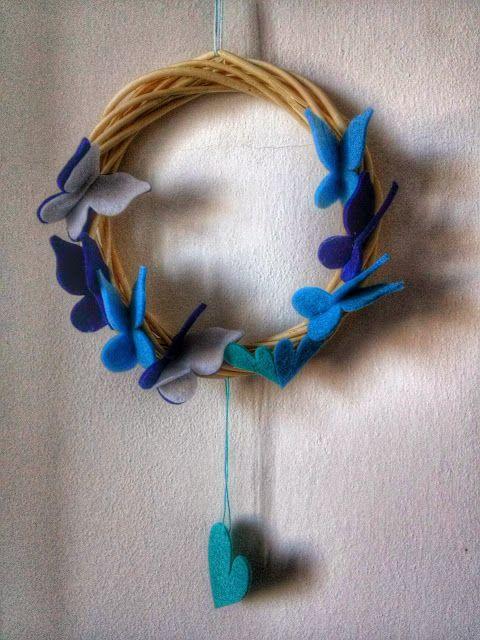 Photo of Fimo and Felt … l'arte nelle tue mani: Ghirlanda di farfalle blu