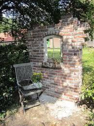 bildergebnis f r ruinenmauer aus alten abbruchziegeln garten pinterest alter g rten und. Black Bedroom Furniture Sets. Home Design Ideas