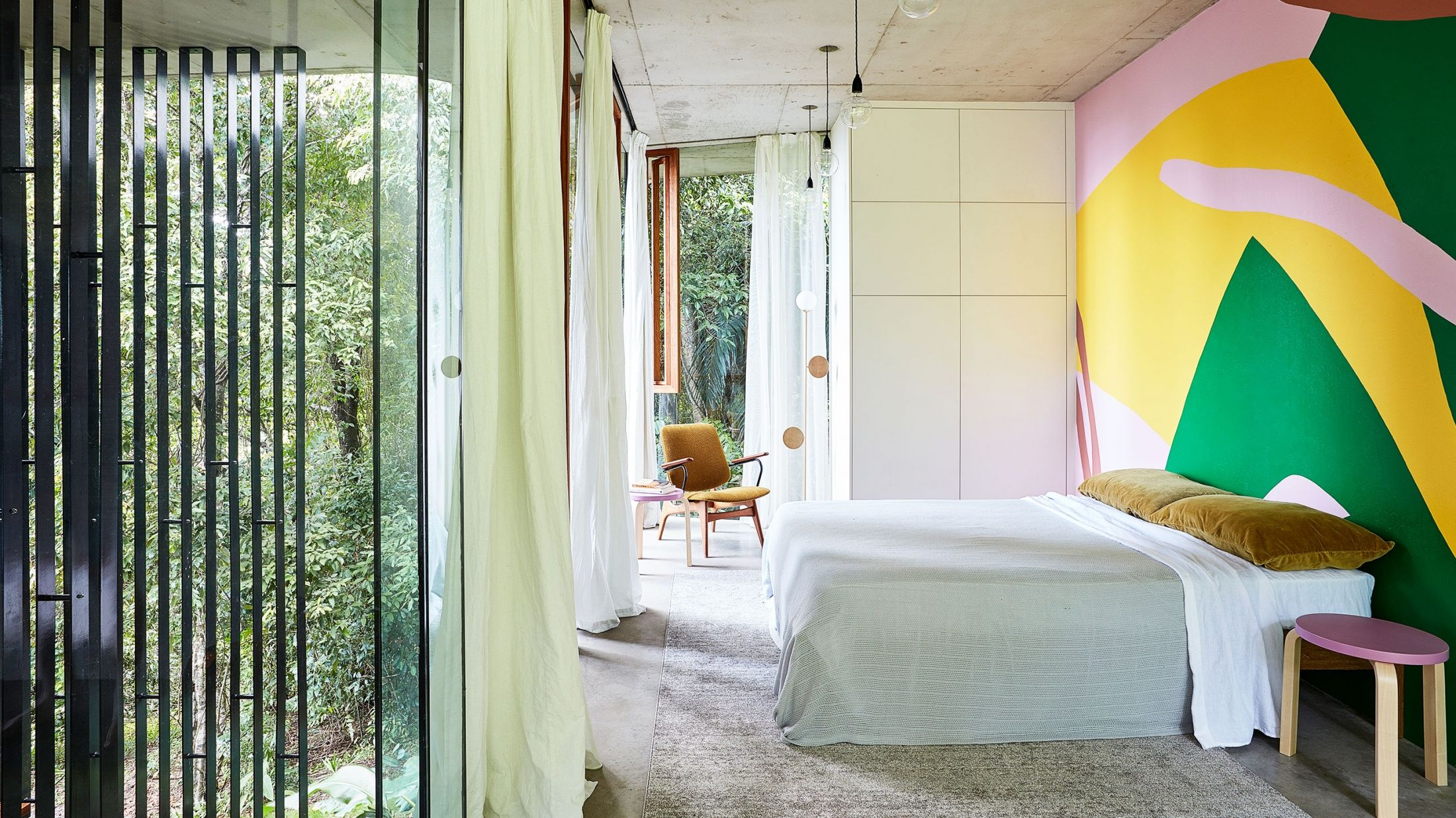Interieur Passion Home Textiles revisiting the jaw-dropping 'planchonella house
