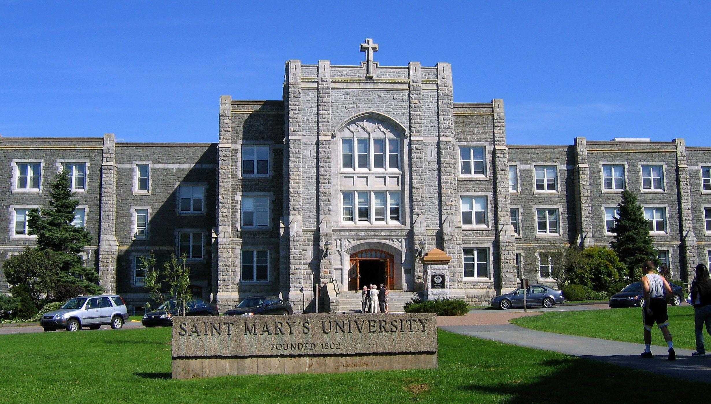 Saint Mary S University In Halifax Ca Collegecampus University Society Of Jesus Uk College Canadian Universities