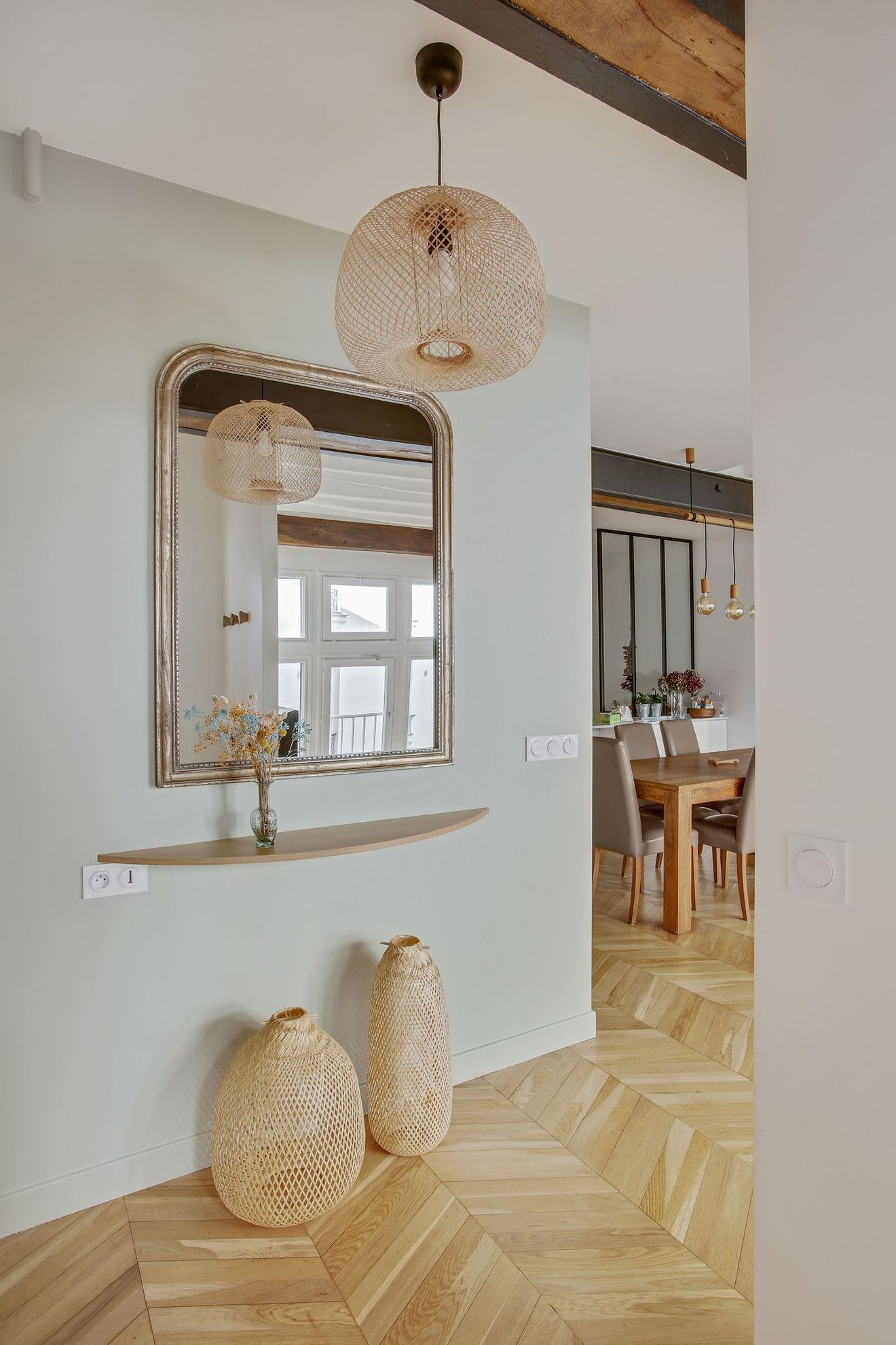 Appartement Paris 12 : un 127 m2 familial avec poutres