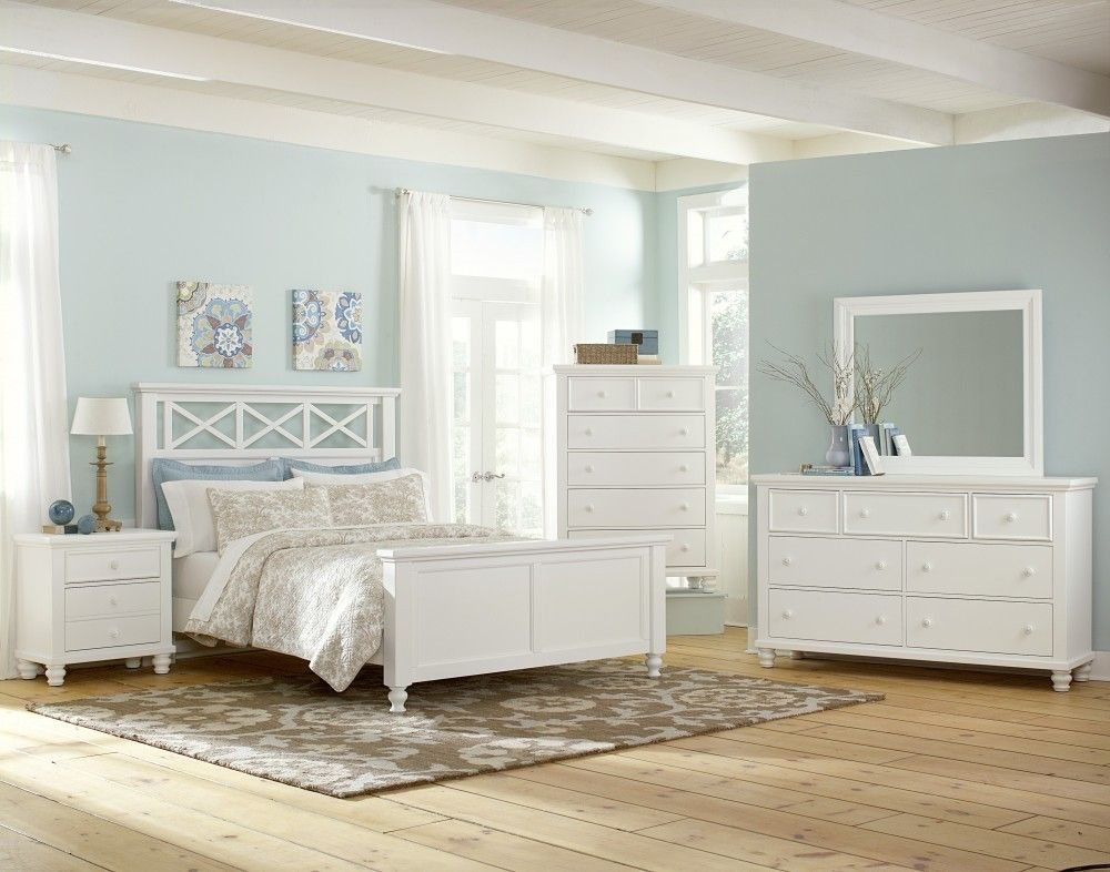 Vaughan Bassett Ellington Collection In White This Collection Features A Beautiful Garden Headboard With Trellis