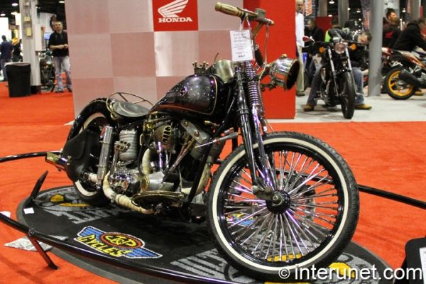 Streampunk-Shovel-2012-Custom-with-1978-Shovelhead.jpg (600×400)