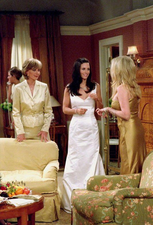 Christina Pickles As Judy Geller Courtney Cox As Monica Geller