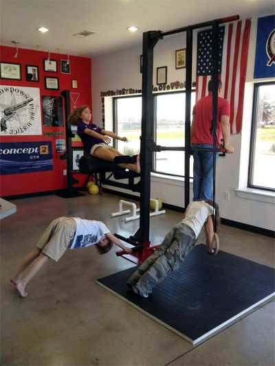 Pin by dorothy on home gym calistenia gimnasio entrenamiento - Ponerse en forma en casa ...