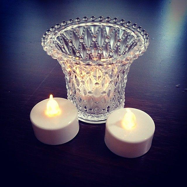 100均のledキャンドルライトが活躍 おしゃれな照明アイデア集 Candles Candle Holders Display