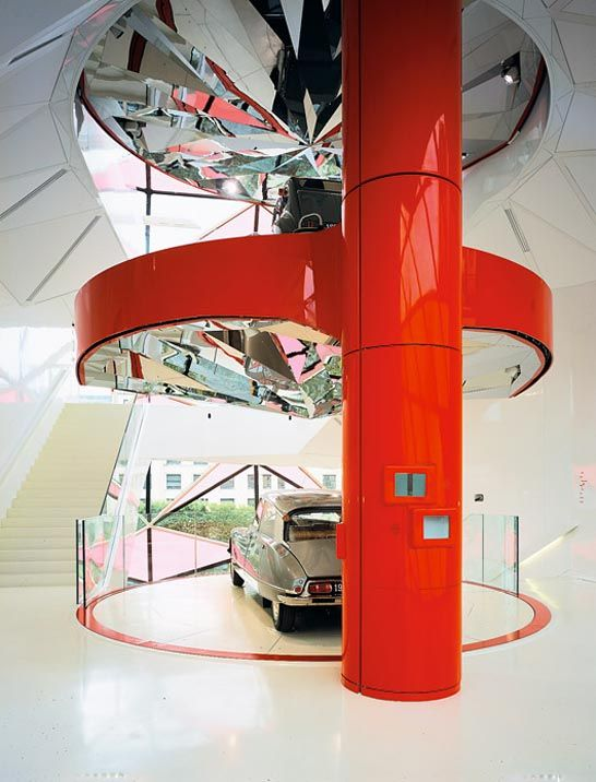 Citroen showroom by manuelle gautrand retro inspired for Garage citroen paris