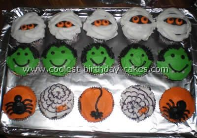 Coolest Halloween Cupcakes Photos and HowTo Tips Cupcake photos
