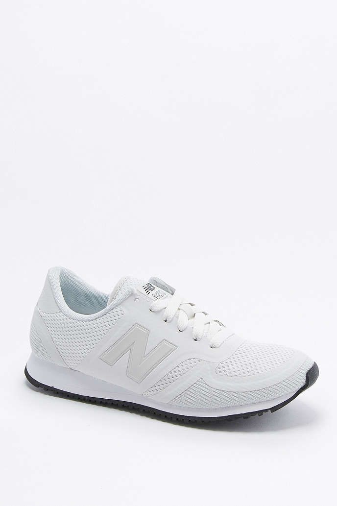 new balance 420 black and white mesh