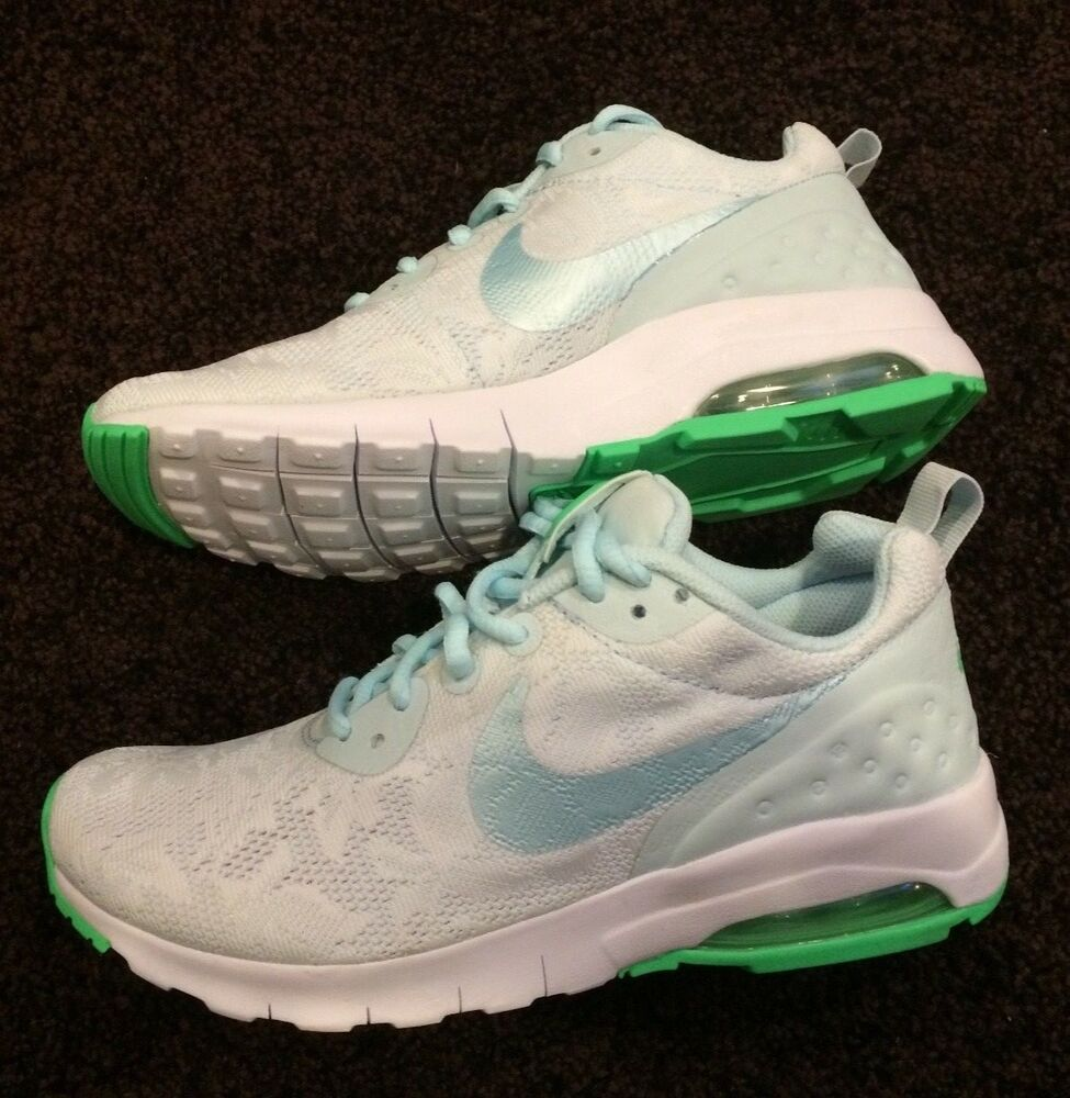 d347d099009991 New Women's Nike Air Max Motion LW ENG Glacier Blue w/ green accents SIze 6