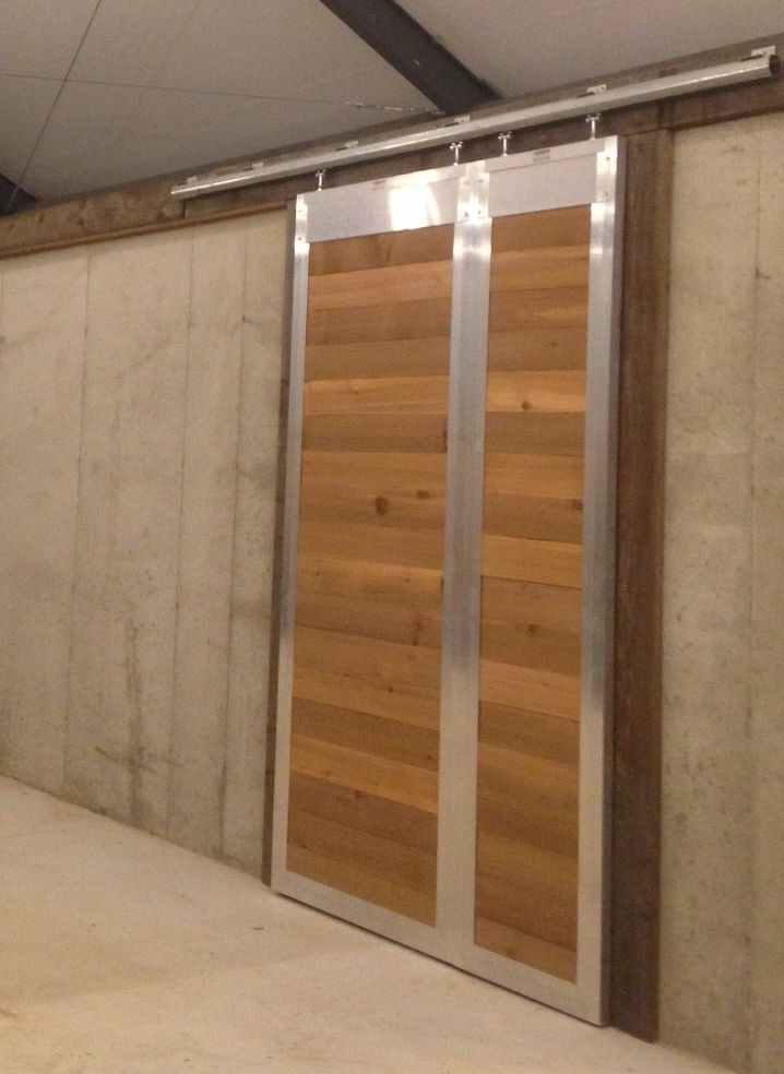 Custom Sized Sliding End Barn Doors This Style Door Can Make For A