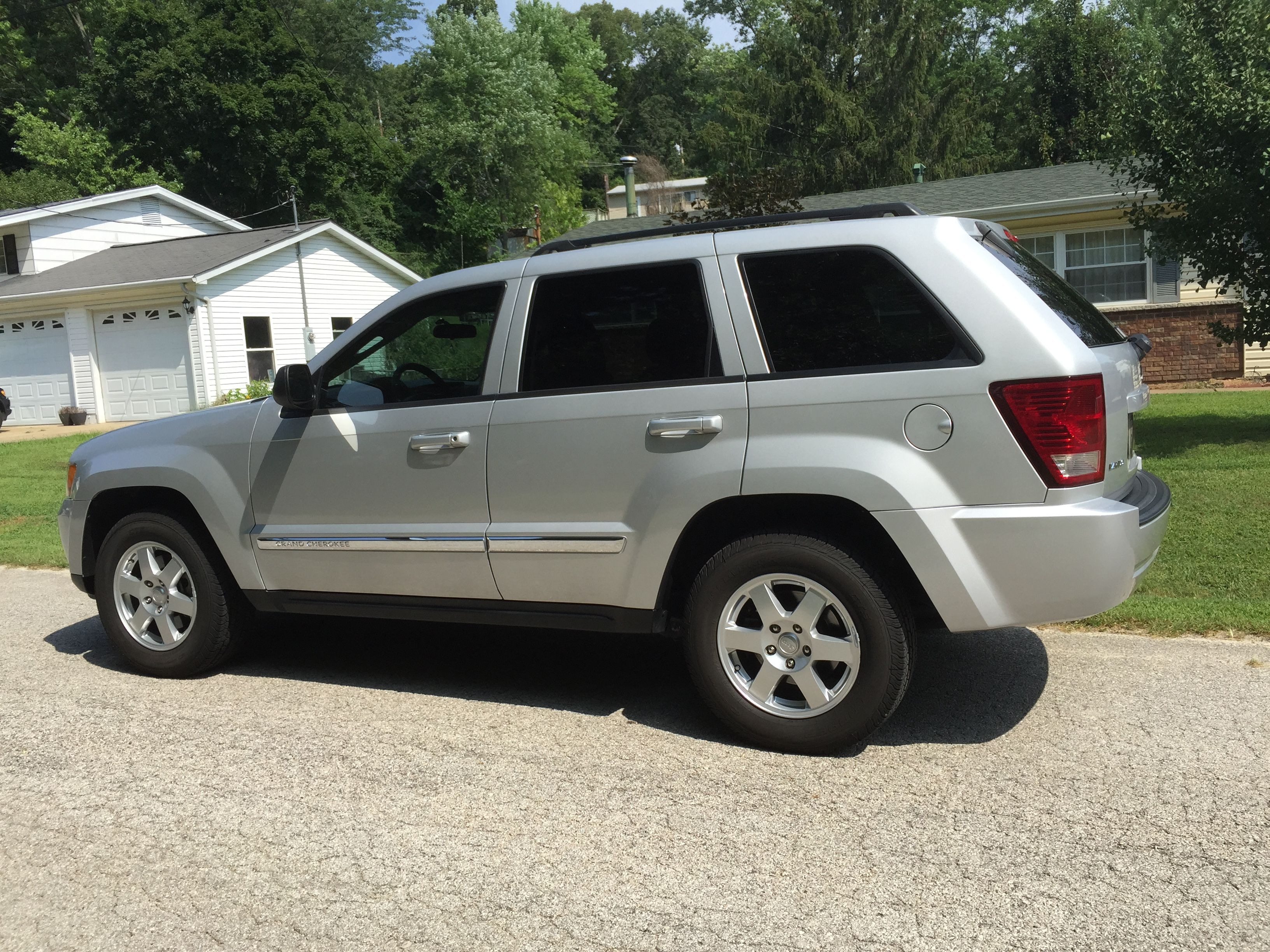 my 2010 jeep grand cherokee, 5 years old. 8-4-15 | 2010 jeep grand