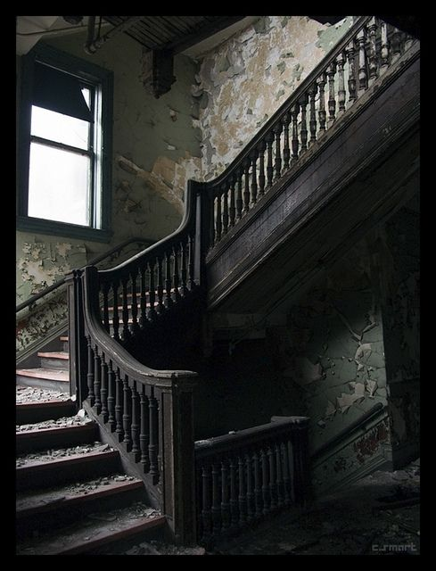 majestic abandoned staircases and creepy. Black Bedroom Furniture Sets. Home Design Ideas