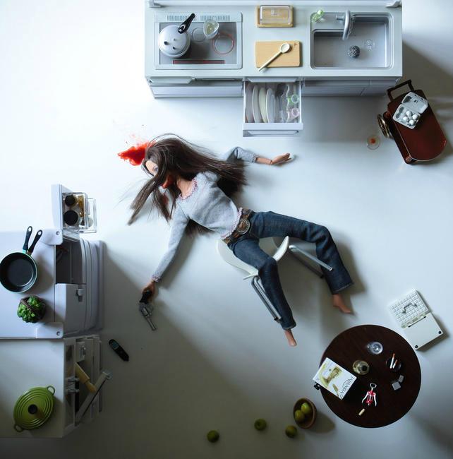 Mariel Clayton - Play Dead.