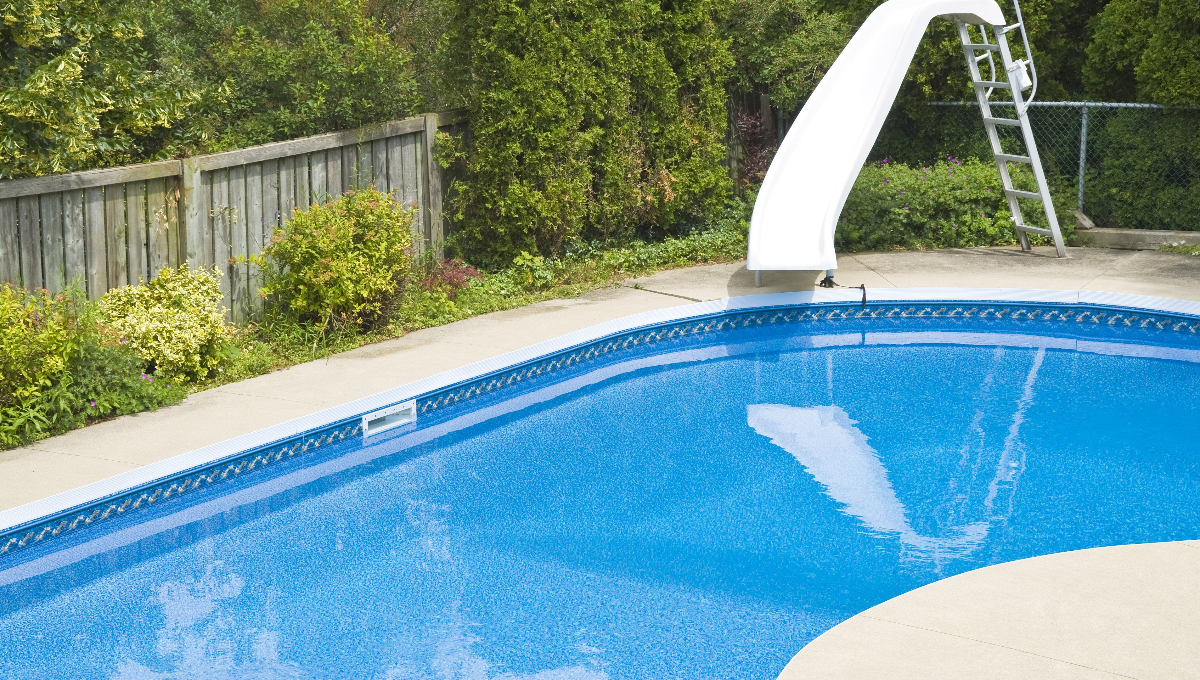 Tired Of Looking At Those Stains On Your Pool Liner Here S How To Get Rid Of Them In 2020 Pool Liners Pool Swimming Pools