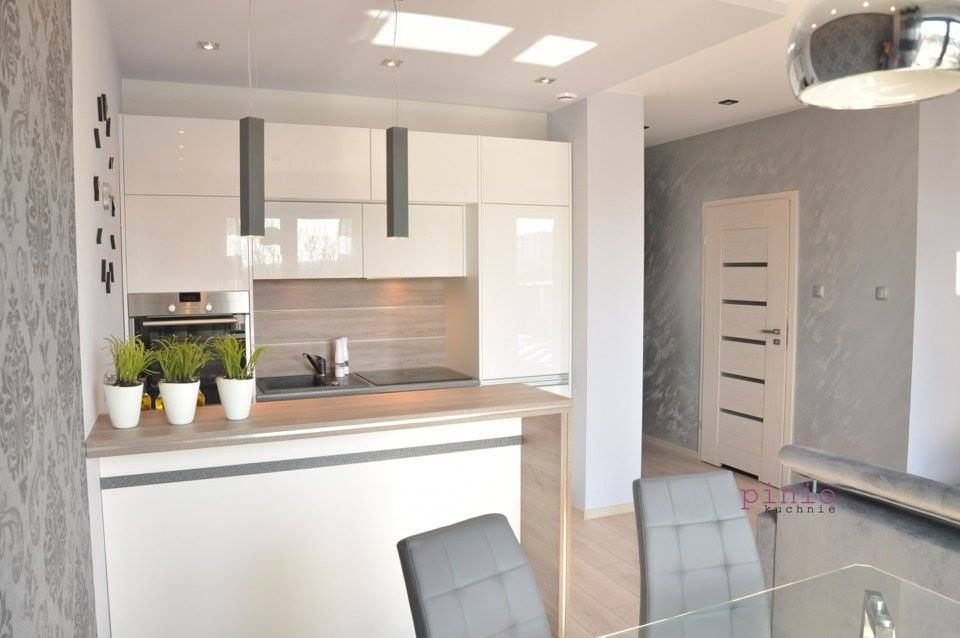Znalezione Obrazy Dla Zapytania Aneks Kuchenny W Kawalerce Home Home Decor Furniture