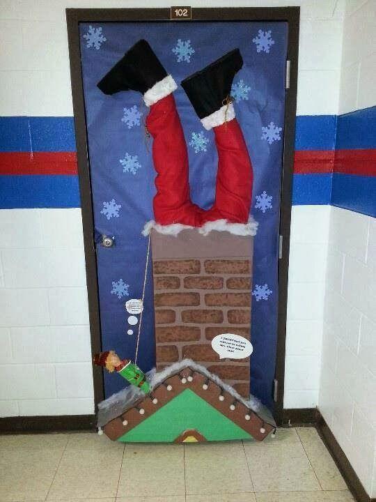 Las navidad es una gran oportunidad para decorar la puerta for Puertas decoradas con payasos