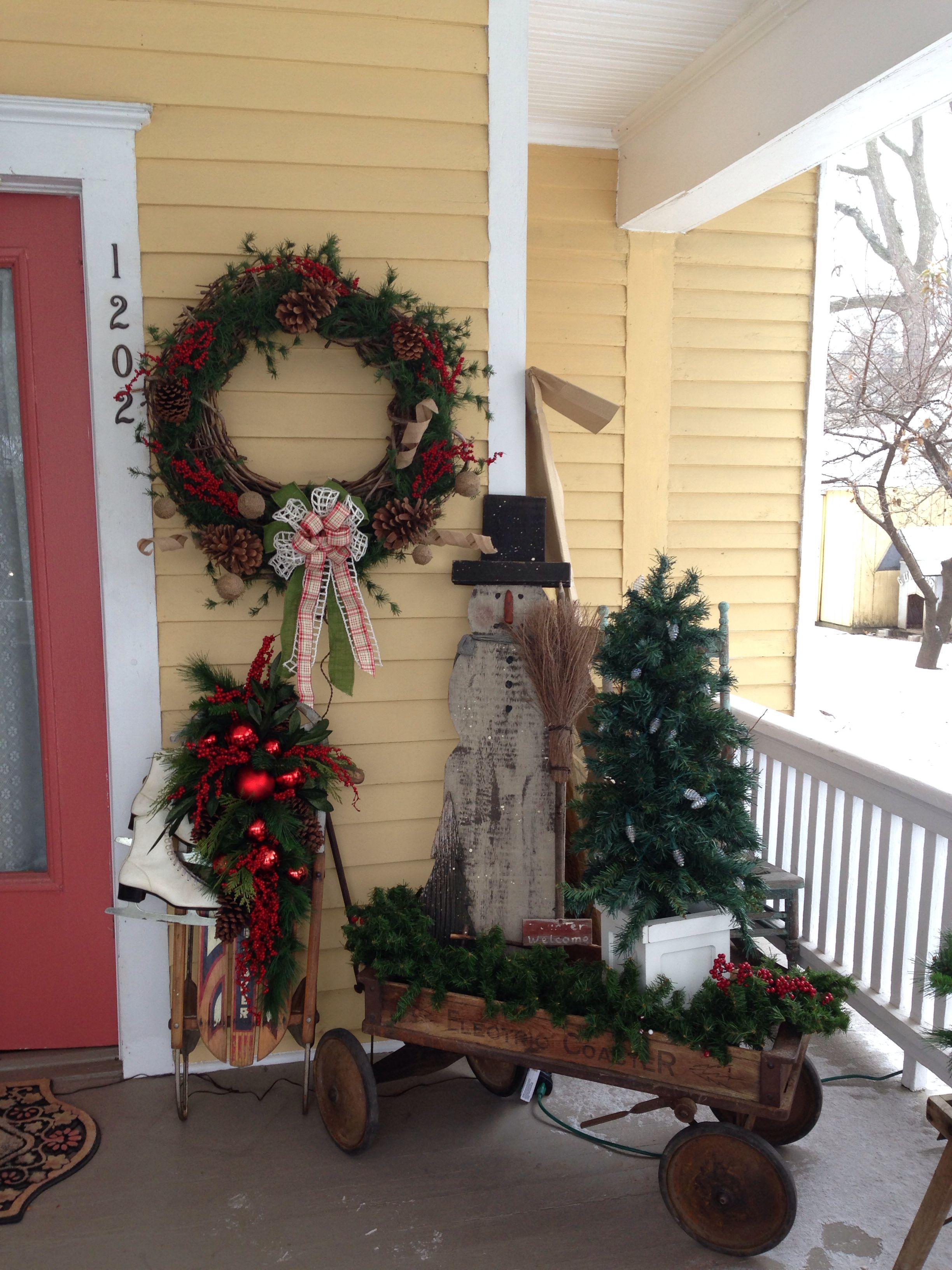 my primitive christmas porch decor the wreath is my favorite part - Primitive Christmas Porch Decor