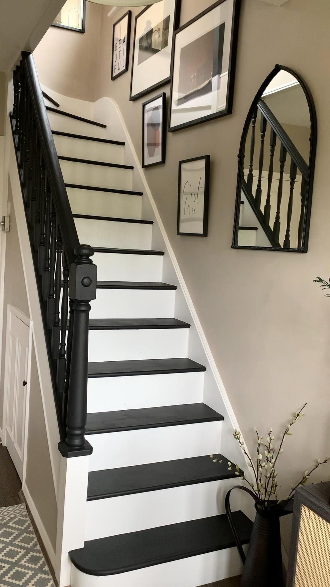 Top 70 Best Painted Stairs Ideas - Staircase Designs