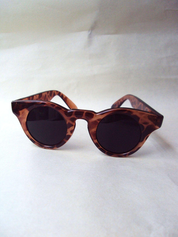 Tortoiseshell look 1940s style sunglasses