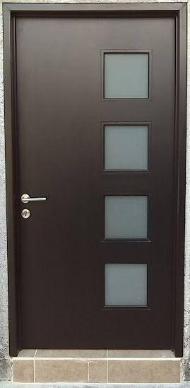 Resultado de imagen para portones modernos minimalistas for Puertas de madera con herreria