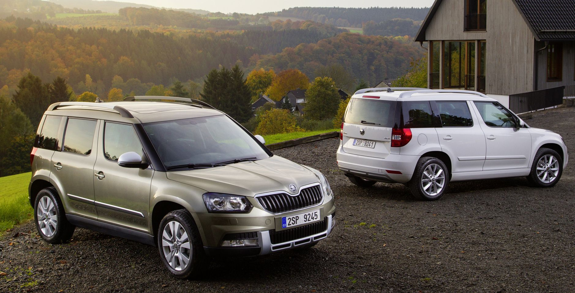 skoda yeti drive nouvelle version disponible chez skoda versailles. Black Bedroom Furniture Sets. Home Design Ideas