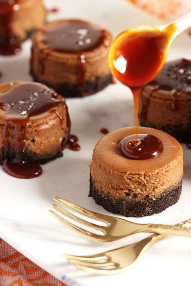 Salted Caramel Mocha Cheesecakes #cheesecakes