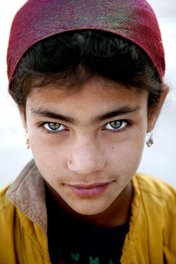 The Eyes Of A Warrior Uzbekistan Cool Eyes Beautiful Eyes Eyes