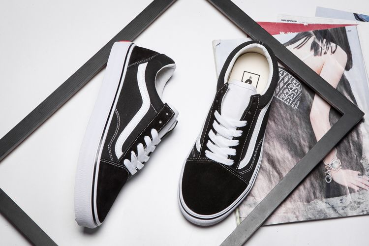 Japanese line VANS classic black and